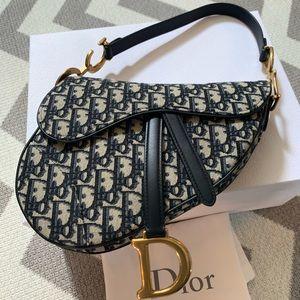 Authentic💯 Dior Saddle Bag in blue medium